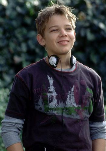 theriot dating site Maximillion drake max thieriot (born october 14, 1988) is an american actor he made his acting debut in the 2004 adventure comedy film catch that kid.